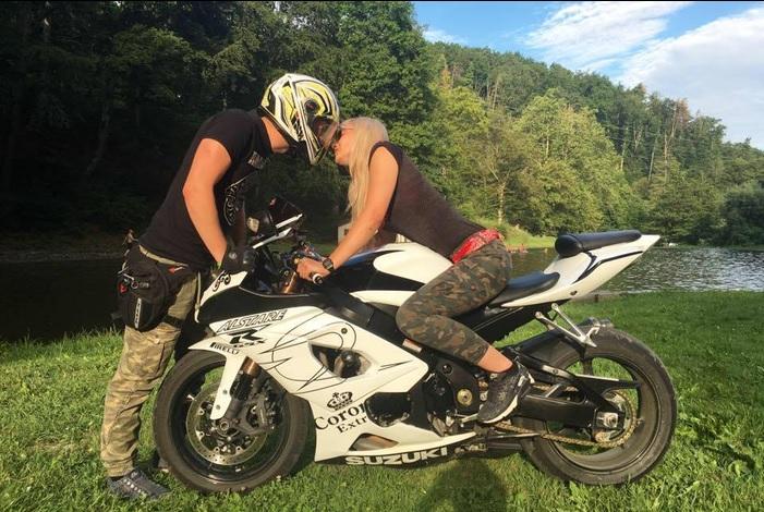 Leonard Rašanec i Ines Samardžić – Romansa na dva kotača i prosidba na moto defileu