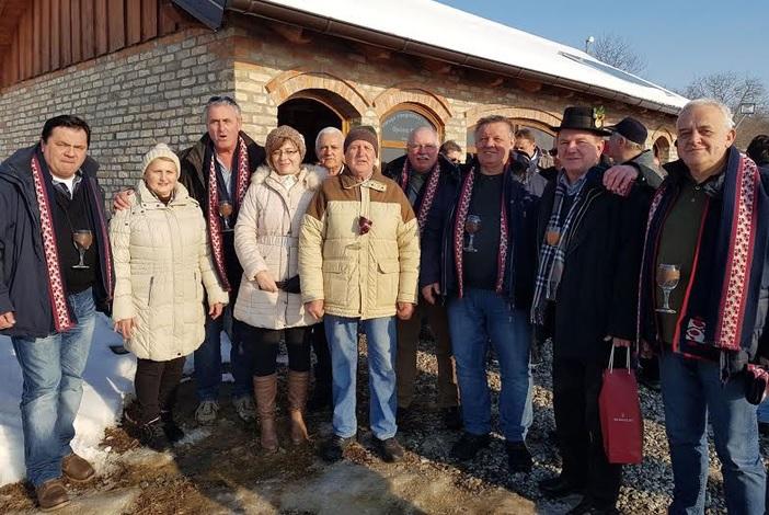 11. Vinobus Radio Slavonije prokrstario slavonskim vinskim stazama