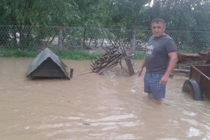 U samo dva sata palo 23 litre kiše! Stradalo i selo Ravan kod Sibinja!
