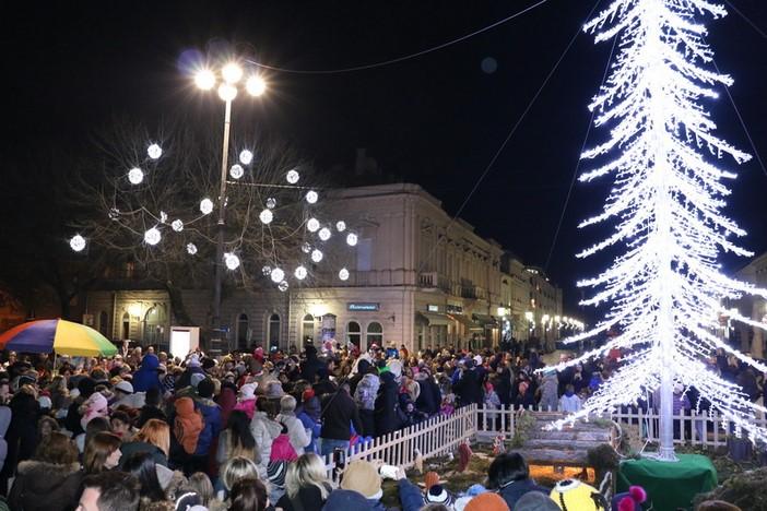 Božićni sajam na korzu od 2. do 31.prosinca