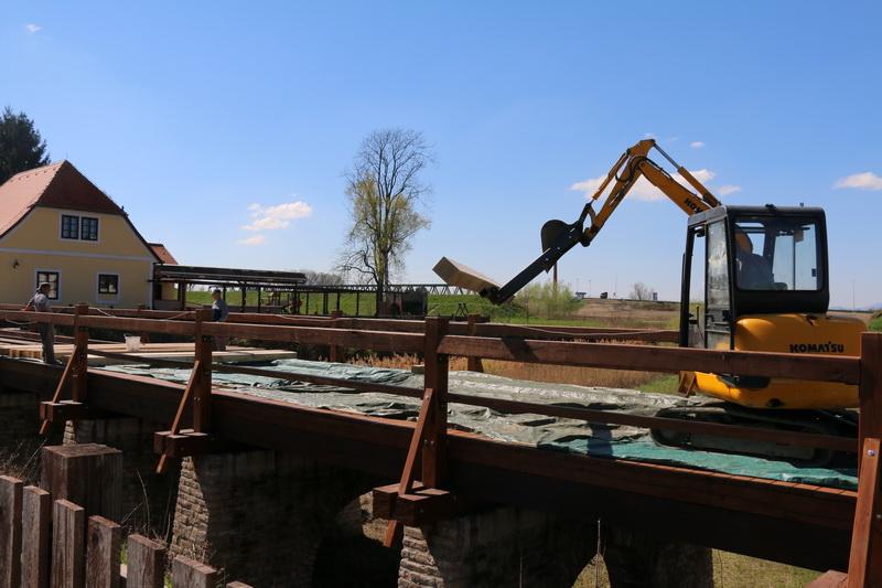 Napreduje obnova drvenog mosta u brodskoj Tvrđavi