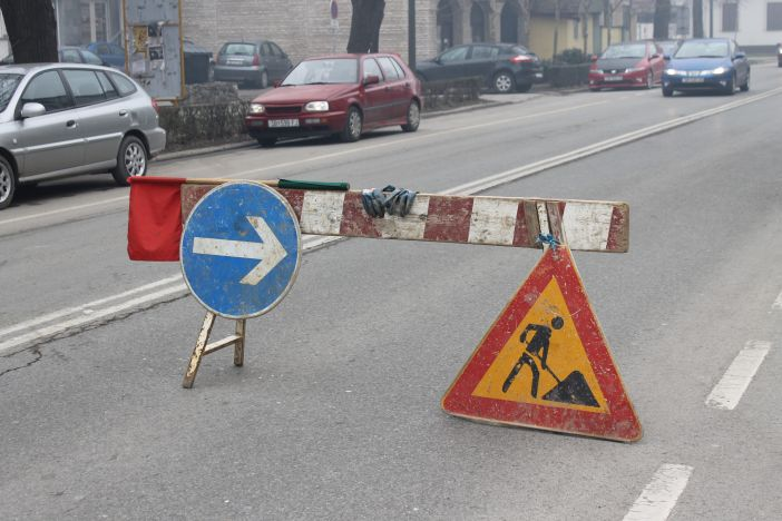 Obavijest o privremenom zatvaranju ceste na dionici Kaniža - Bebrina