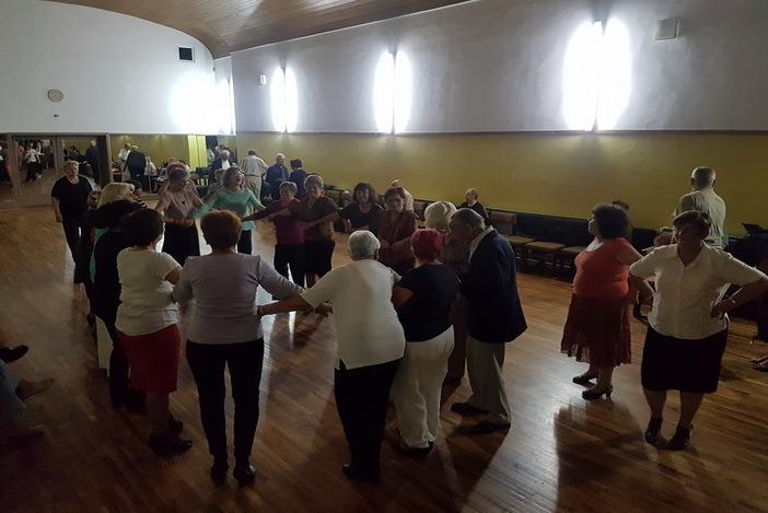 Održana još jedna plesna večer za umirovljenike u organizaciji Grada
