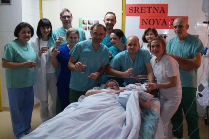 U NOVOGRADIŠKOJ BOLNICI- Mala Jana Brčić prva je beba rođena u Hrvatskoj u 2017.godini
