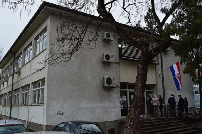 Zapošljavaju Lučka uprava, Plodine, TÜV NORD, Bebrinka,