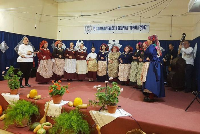 13. smotra folklora 'Slavonijo dok ti ime traje'