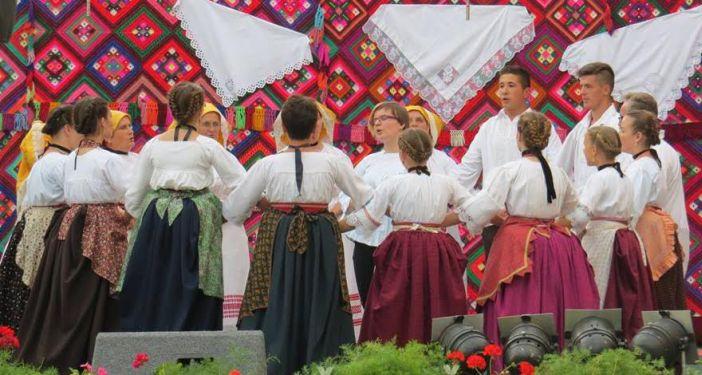 """11. smotra folklora """"Slavonijo dok ti ime traje"""""""
