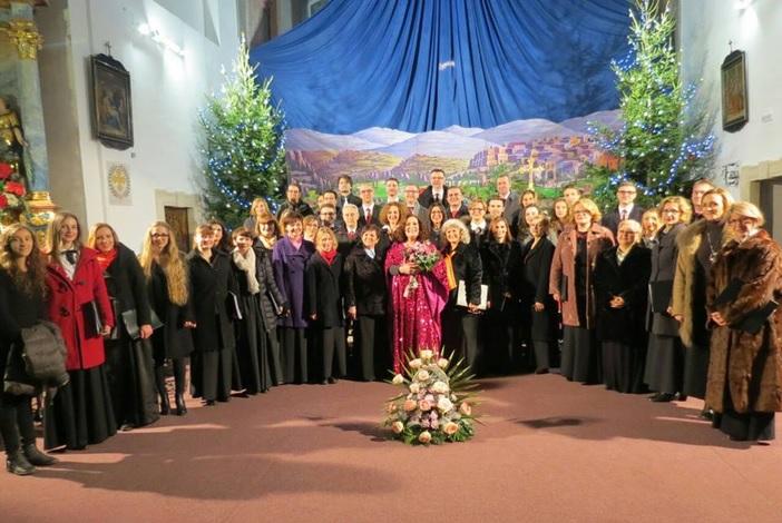 Nezaboravan koncert HPD Davor i Radojke Šverko