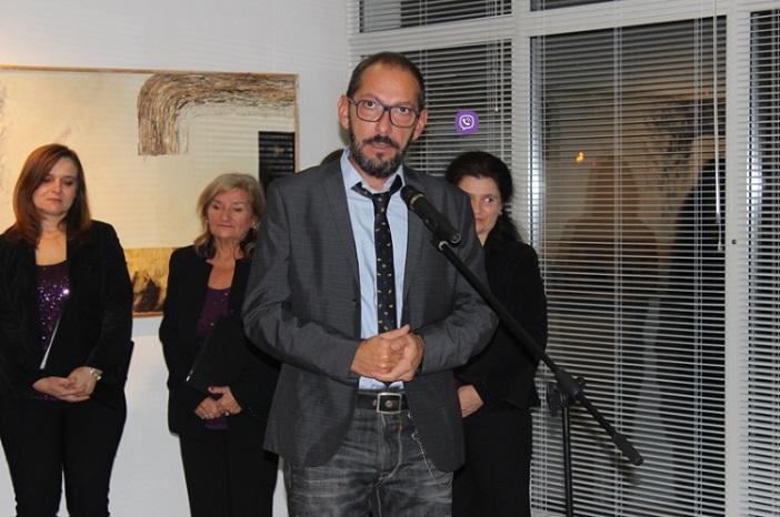 """Otvorena izložba slika """"Ciklusi"""" makedonskog slikara Krunislava Stojanovskog"""
