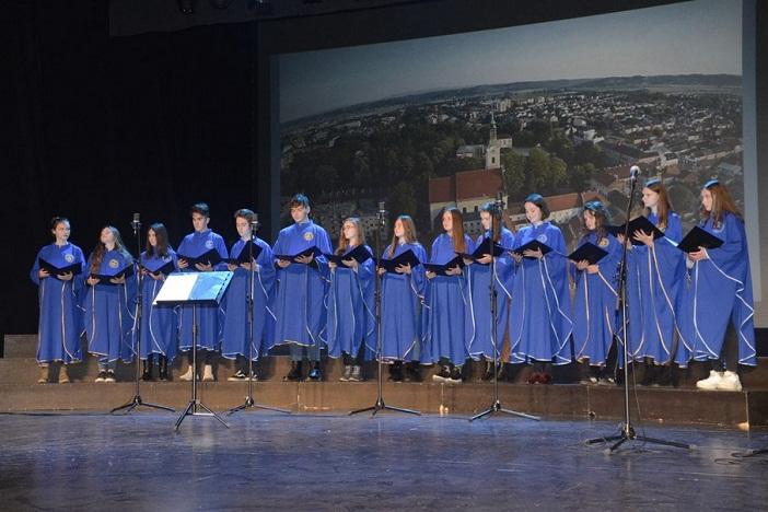 Održana Smotra zborova katoličkih srednjih škola