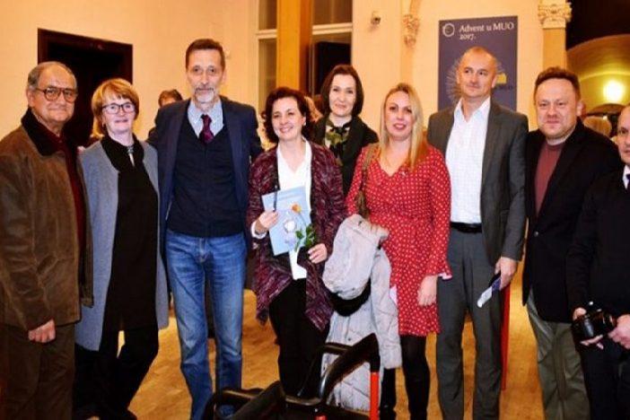 Književniku Miri Gavranu dodijeljena Nagrada za promicanje hrvatske kulture u svijetu za 2016. godinu.