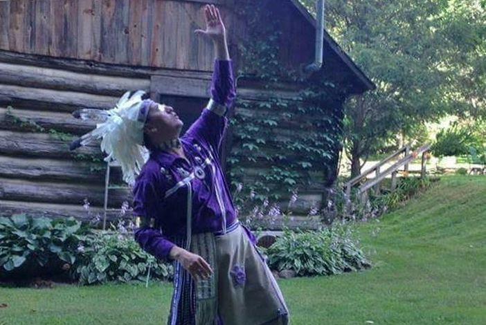 Perry Ground – strastveni američki profesionalni pripovjedač, Indijanac iz plemena Onondaga