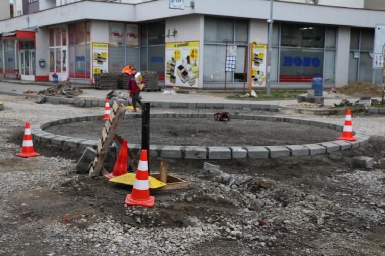 Napreduju radovi na izgradnji kružnog toka na križanju Zrinske i Štampareve ulice
