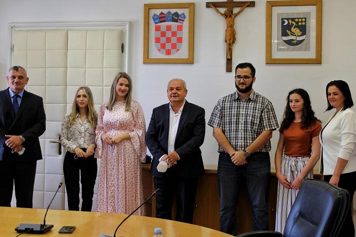 Nagrađeni studenti kod gradonačelnika