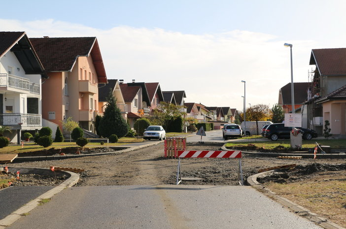 Napreduje izgradnja spojnih cesta između Došenove, Prodanove i Maričevićeve ulice te u Naselju biskupa Ćirila Kosa