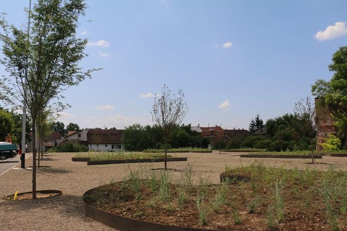Uređenje parka u Ulici Josipa Jurja Strossmayera