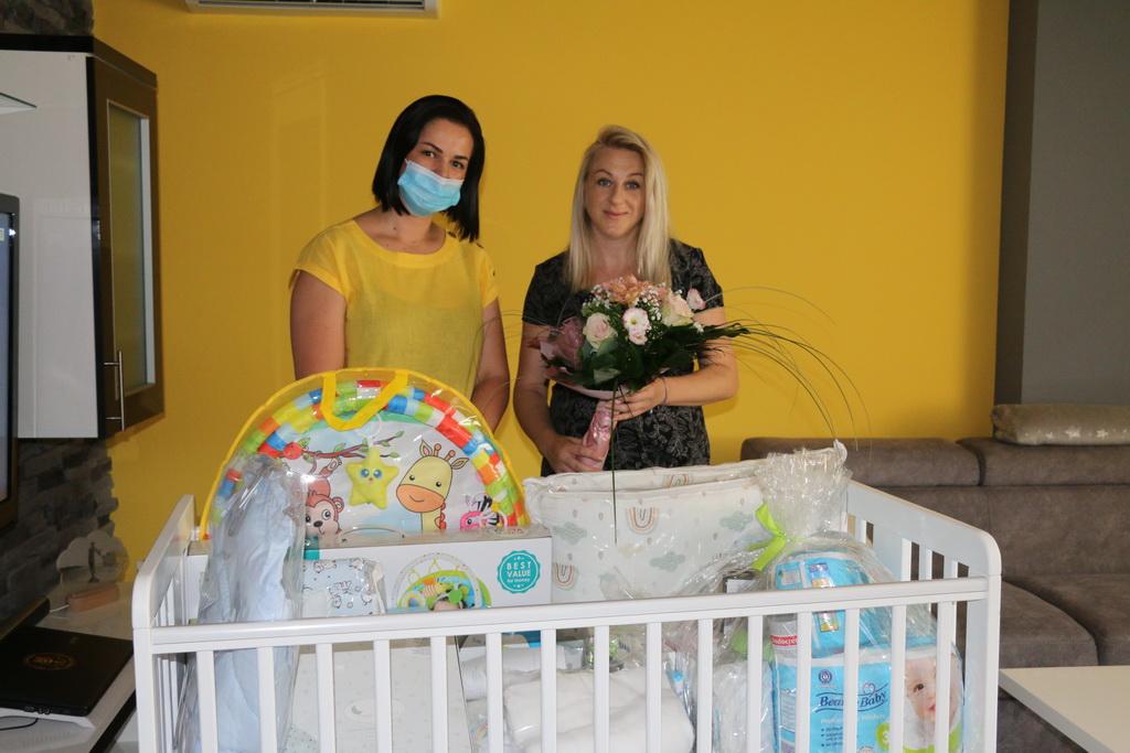 Oprema za bebe stigla u još pet obitelji