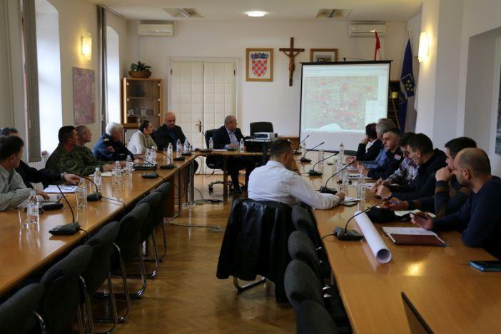 Pitka voda dostupna je na području svih gradskih mjesnih odbora u Slavonskom Brodu