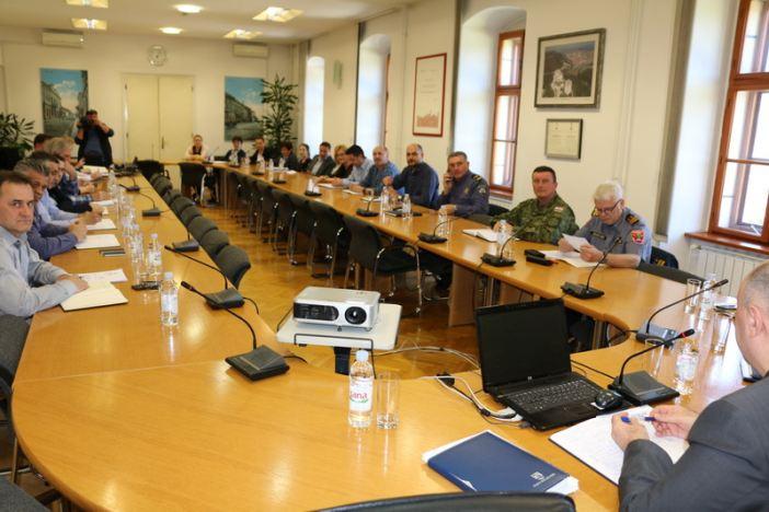 Grad traži ubrzavanja izdavanja vodopravne dozvole Vodovodu za korištenje vodocrpilišta u Sikirevcima.