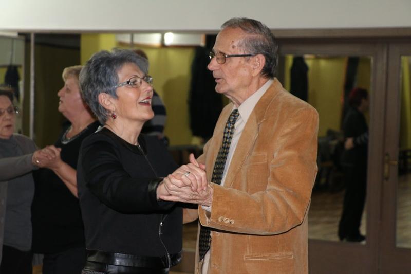 Plesna večer u organizaciji Grada ponovno privukla velik broj umirovljenika