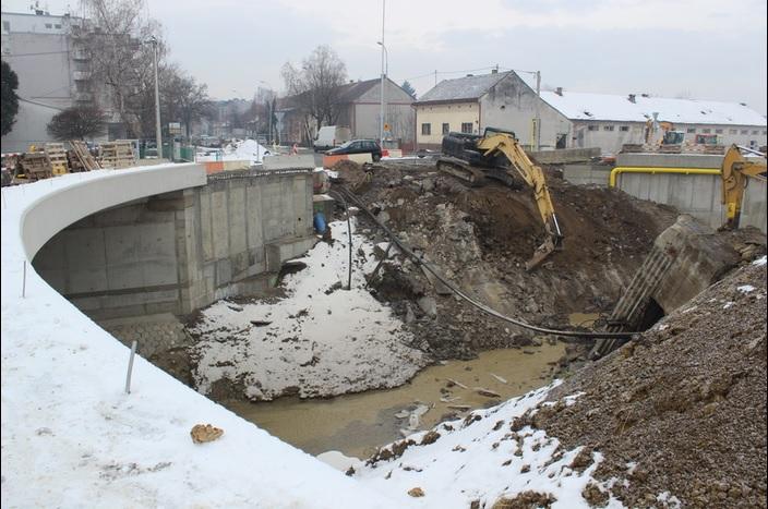 Ovako danas izgleda gradilište do sada najvećeg kružnog toka u Slavonskom Brodu