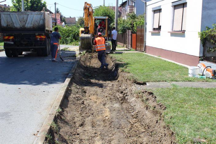 Započeli radovi na izgradnji pješačke staze u Ulici Ivana Antunovića