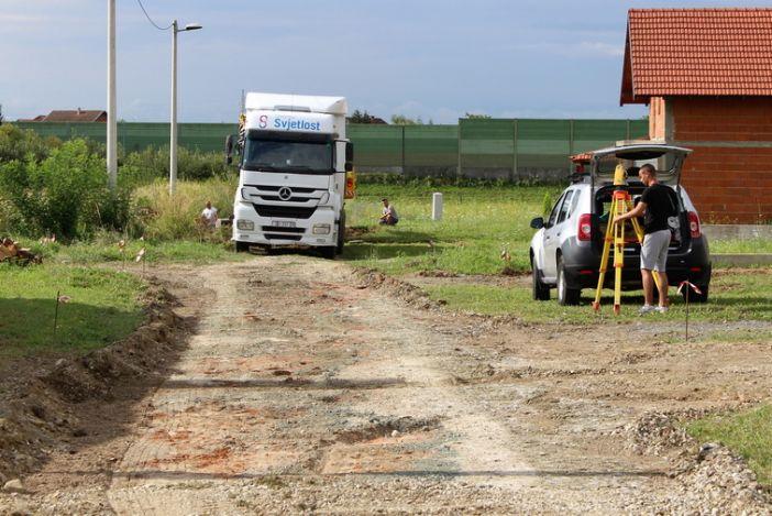Započeli radovi na izgradnji cesta u Ulici Kolara