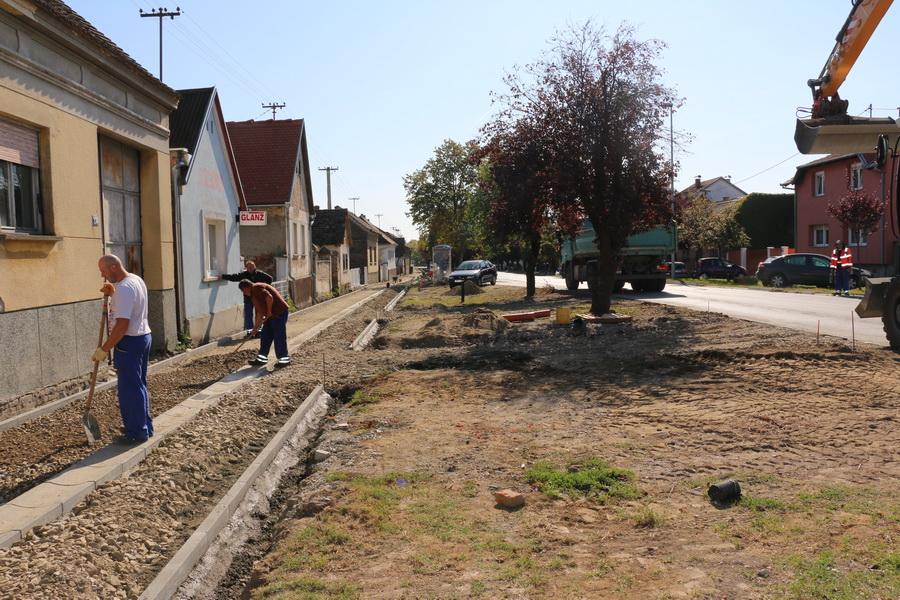 Napreduju radovi u Zagrebačkoj ulici
