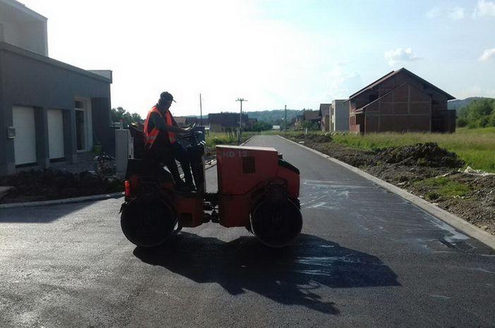 Asfaltirane ceste u Ulici Krivača I i Slavonskoj ulici