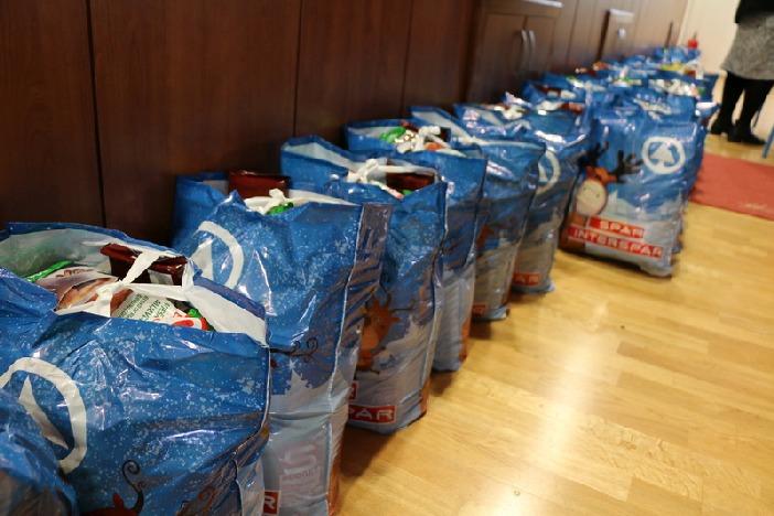Grad i ove godine dariva građane u potrebi povodom blagdana Božića