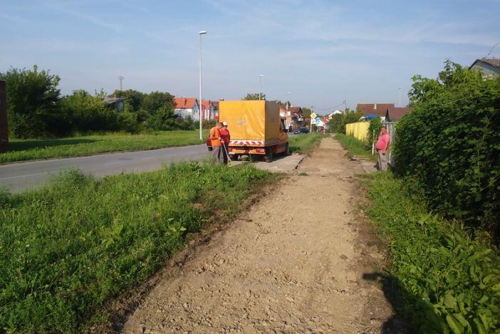 Novi radovi na proširenju kolnika i izgradnji biciklističke trake u Budakovoj ulici