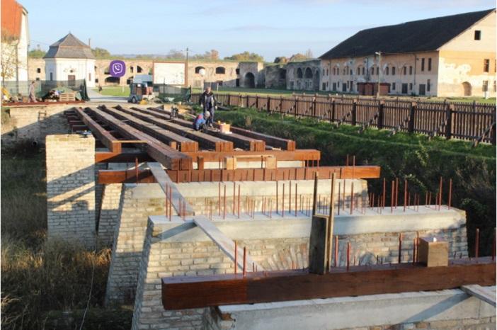 Napreduju radovi na obnovi drvenog mosta u brodskoj Tvrđavi