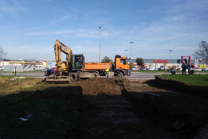 Danas su započeli su radovi na spajanju kružnog toka Svačićeve i Gundulićeve ulice
