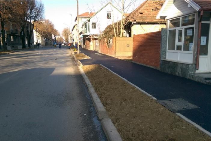 Nastavljaju se radovi na izgradnji i modernizaciji gradskih cesta i pješačkih staza