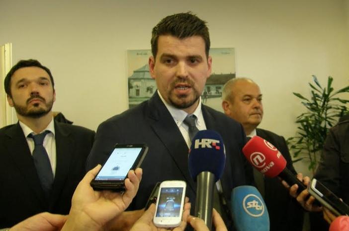 Ministarstvo zaštite okoliša objavilo priopćenje, jesu li oni bili na istom sastanku kao i gradonačelnik Duspara?