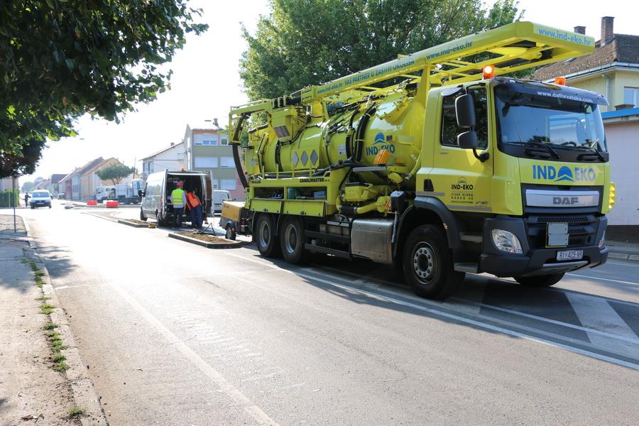 Započeli radovi na sanaciji kanalizacijskog sustava na križanju Budakove i Kumičićeve ulice