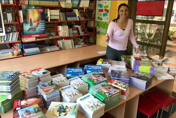 Brodski osnovnoškolci s veseljem dočekali nove knjige za lektiru