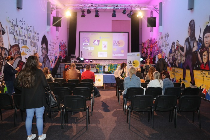 U Centru mladih održana konferencija povodom predstavljanja nove scenske opreme