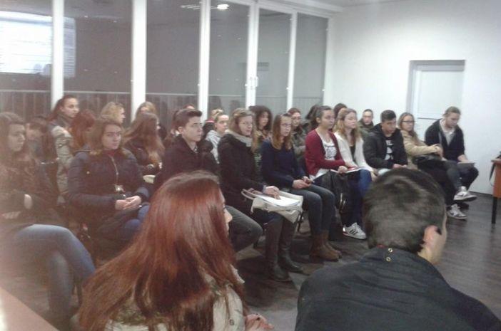 Savjet mladih Grada Slavonskoga Broda i ove godine organizira besplatne pripreme za Državnu maturu