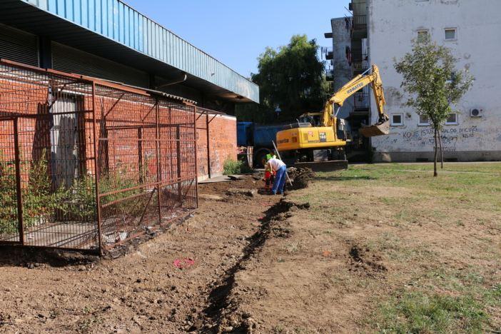 U Naselju Mikrorajon započela izgradnja pješačke staze