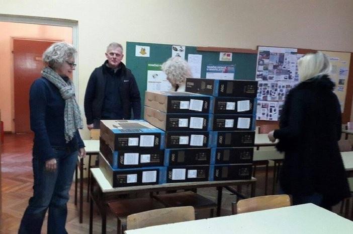 Informatičke učionice gradskih osnovnih škola opremljene novim računalima