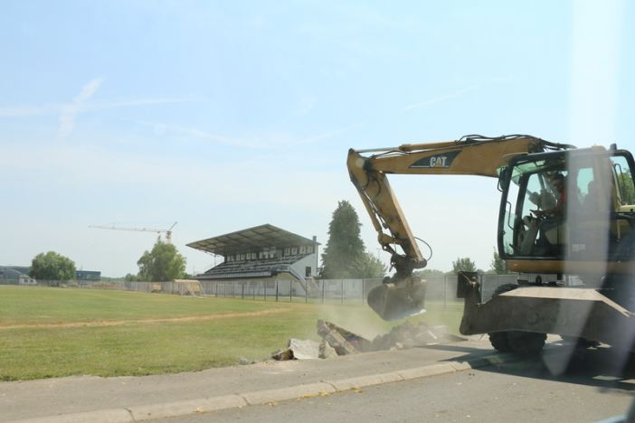 U tijeku radovi na postavljanju nove ograde na prostoru Stadiona kraj Save