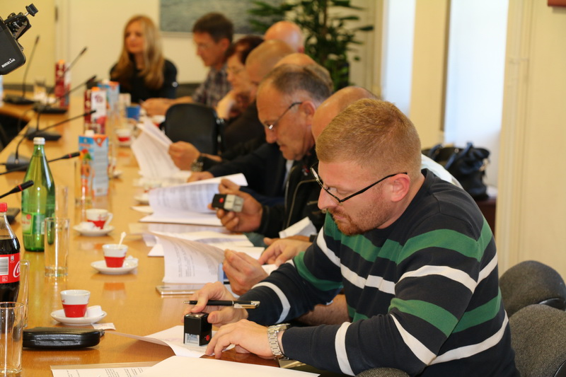 Potpisani ugovori s udrugama s područja Slavonskog Broda