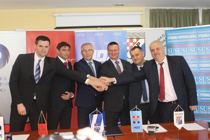 HDZ i partneri potpisali koalicijski sporazum za Brodsko-posavsku županiju