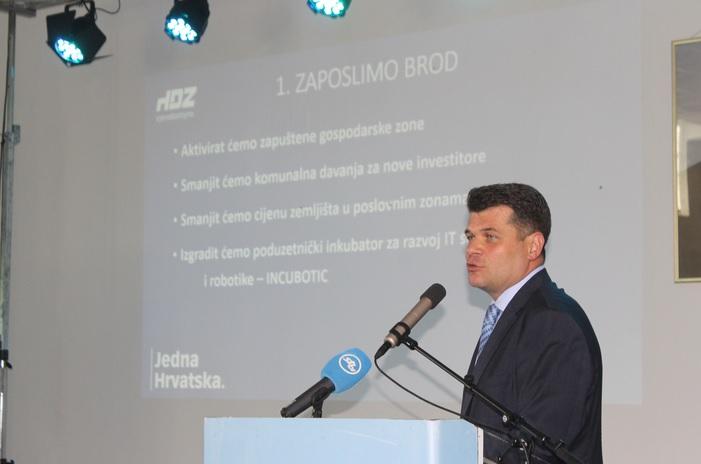 Hrvoje Špicer i Danijel Marušić predstavili program za razvoj grada i županije od 2017. do 2021.