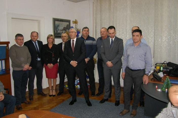 HDZ-ov prijem za medije: Pero Ćosić zahvalio novinarima na suradnji u 2016. godini