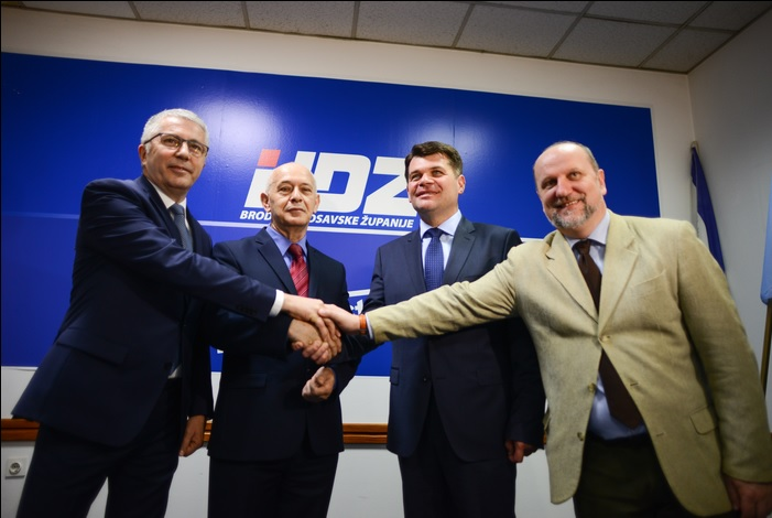 Danas je prof. Vlado Prskalo službeno  predstavljen kao kandidat za zamjenika gradonačelnika Slavonskog Broda