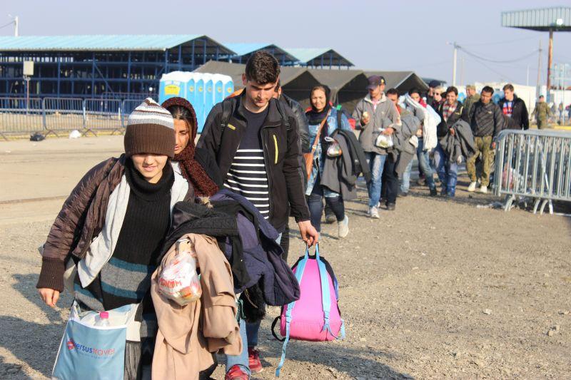 Zimski tranzitni centar više nije samo tranzitni. Migrante vraćaju u Slavonski Brod.