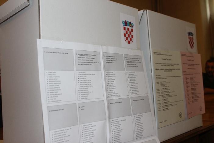 DIP: Kako u biračke odbore