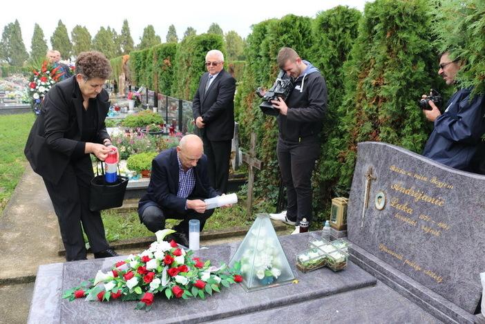 Obilježena 26. godišnjica stradavanja Luke Andrijanića, jednog od heroja obrane grada Vukovara